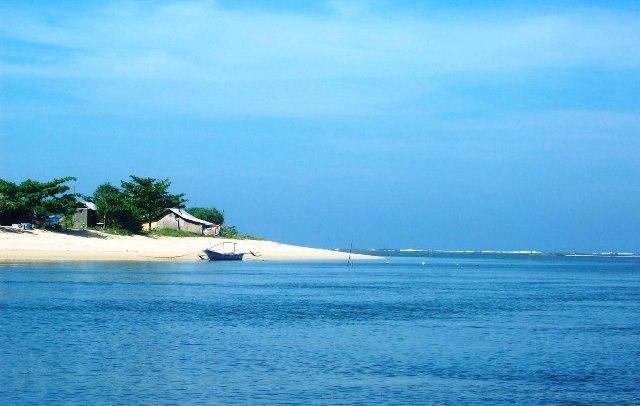 Tempat Wisata Sukabumi - Pantai Ujung Genteng