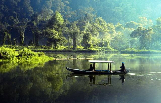Tempat Wisata Sukabumi - Situ Gunung