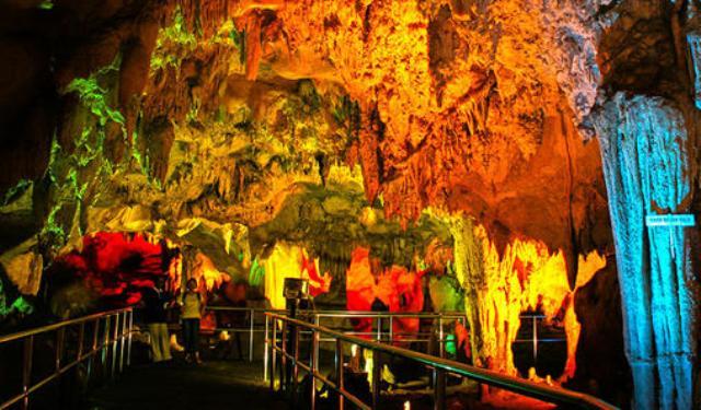 Tempat Wisata Di Lamongan - Goa Maharani