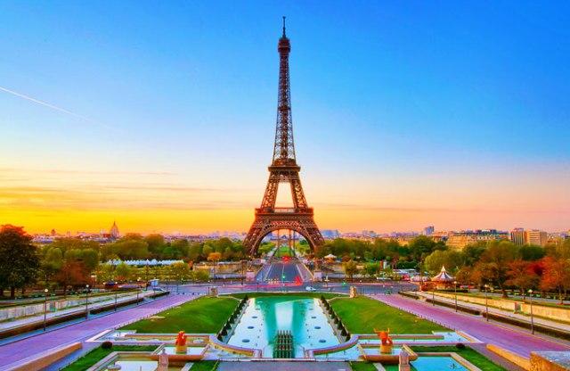 Tempat Wisata di Paris - Eiffel Tower
