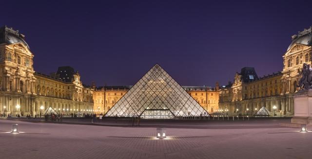 Tempat Wisata di Paris - Museum Louvre