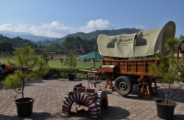 De'Ranch Bandung.