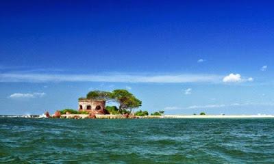 Tempat Wisata Di Bandar Lampung - Pulau Kubur