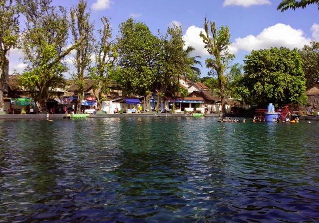 Umbul Ponggok - Tempat Wisata di Klaten Yang Wajib Dikunjungi