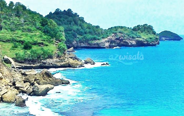 Pantai Sruni - Tempat Wisata Pantai di Pacitan