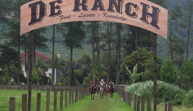 Tempat Wisata Lembang - De Ranch