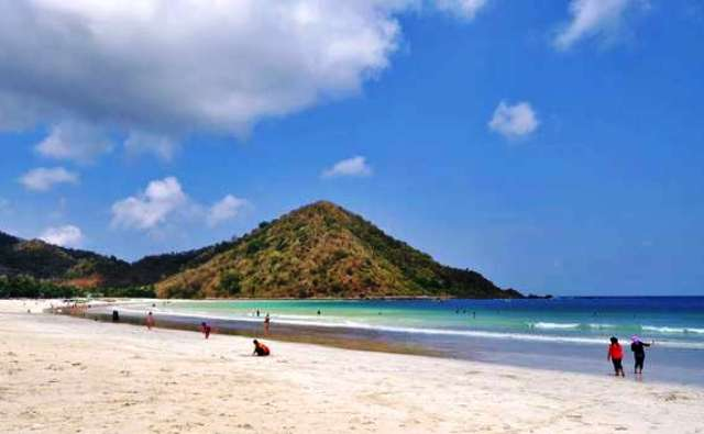 Wisata Di Lombok - Pantai Selong Belanak
