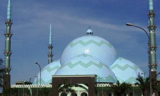 Wisata Tangerang - Masjid Al-Adzom