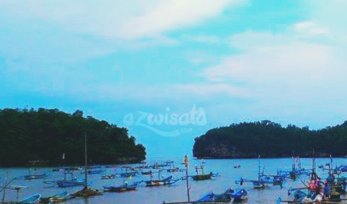 Pantai Tawang - Tempat Wisata Pantai di Pacitan